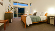 luxury bed and breakfast accommodation Kerikeri Stone Store Lodge